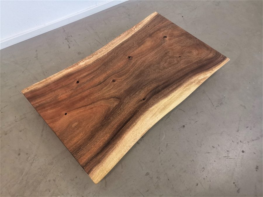 massivholz-tischplatte-baumkante-akazie_mb-693 (1)