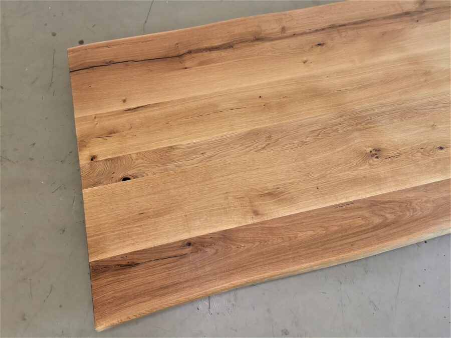 massivholz-tischplatte-baumkante-asteiche_mb-677 (4)