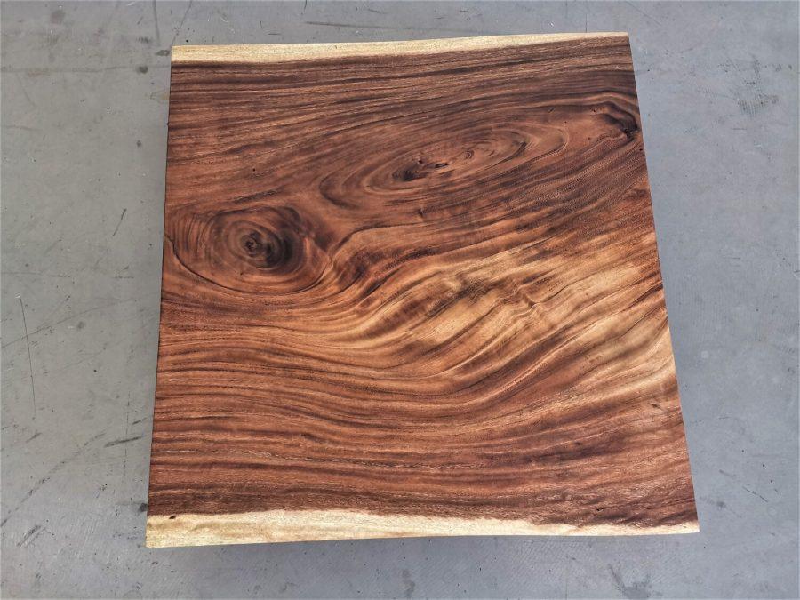 massivholz-tischplatte-baumkante-akazie_mb-700 (4)
