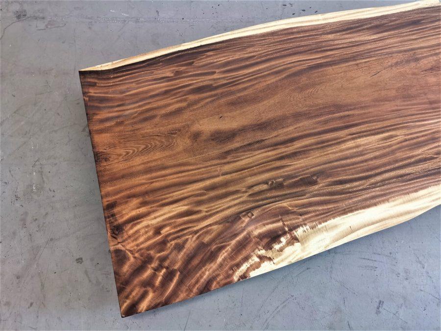 massivholz-tischplatte-baumkante-akazie_mb-714 (5)