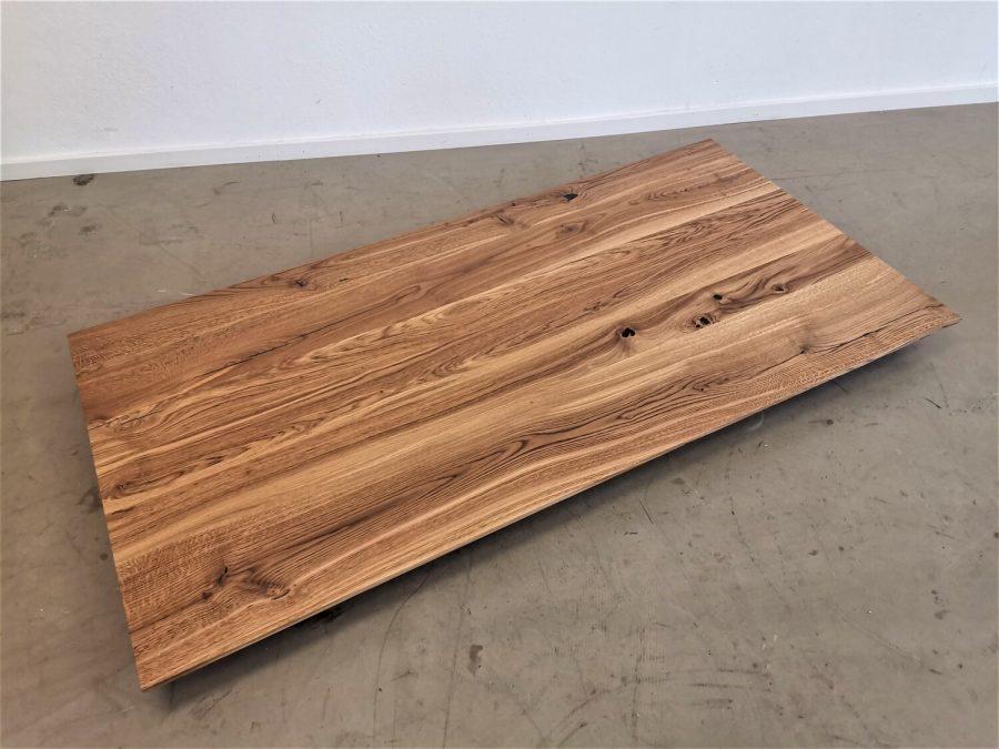 massivholz-tischplatte-schweizer kante-asteiche-epoxid_mb-718 (2)