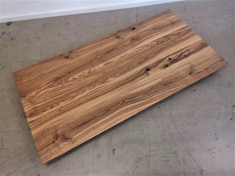 massivholz-tischplatte-schweizer kante-asteiche-epoxid_mb-718 (3)