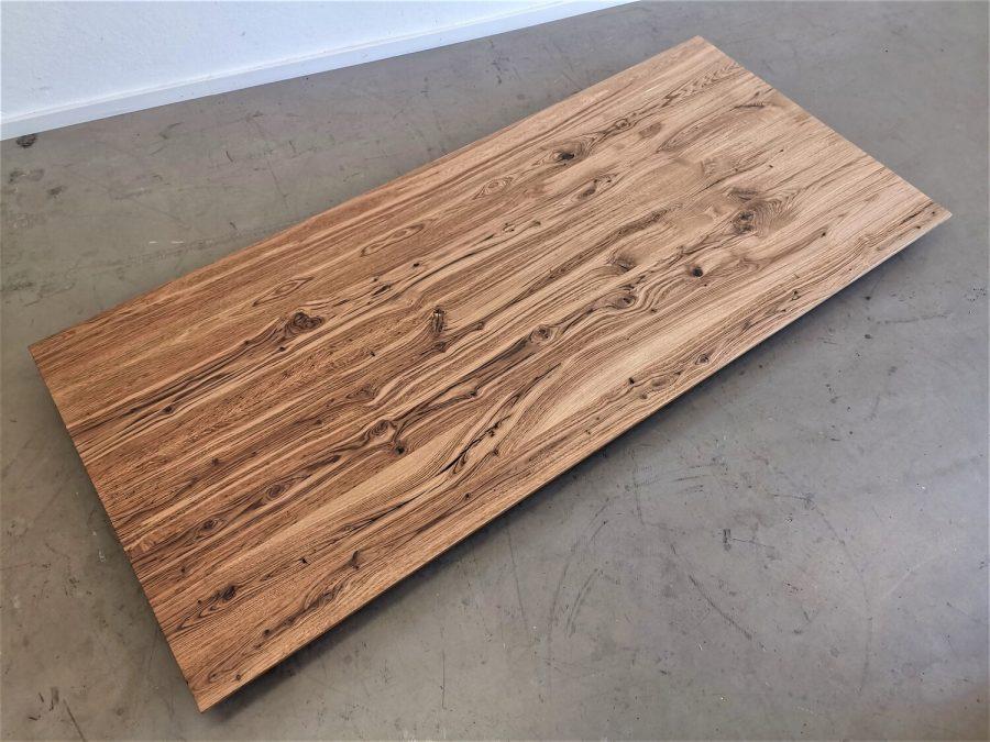massivholz-tischplatte-schweizer kante-asteiche-knorrig_mb-708 (3)