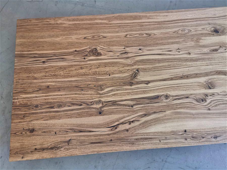 massivholz-tischplatte-schweizer kante-asteiche-knorrig_mb-708 (5)
