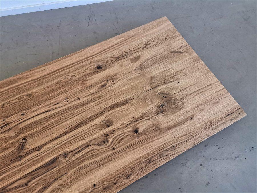 massivholz-tischplatte-schweizer kante-asteiche-knorrig_mb-708 (8)