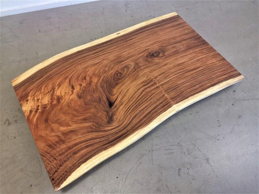 massivholz-tischplatte-am stueck-baumkante-akazie_mb-738 (3)