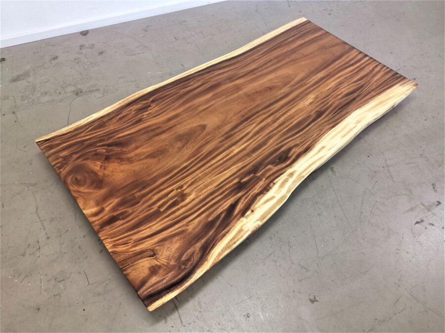 massivholz-tischplatte-baumkante-Akazie_mb-743 (1)