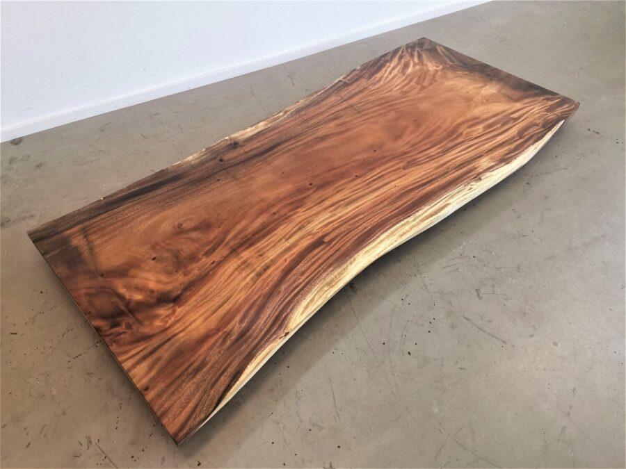 massivholz-tischplatte-baumkante-akazie_mb-727 (1)