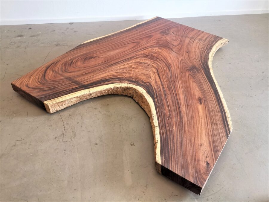 massivholz-tischplatte-designplatte-astgabel-akazie_mb-747 (2)