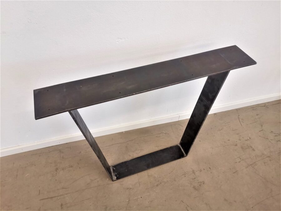 massivholz-tischgestell-flachstahl-geölt-v gestell_Blanka (5)